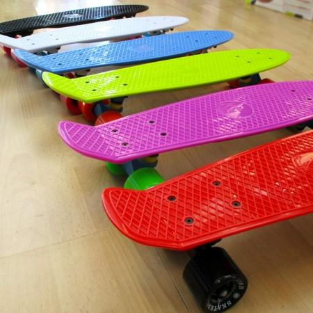 Plastic skateboards 22.5'' (8)