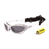 Ocean Sunglasses with polarized lens / Floating  / CUMBUCO / White