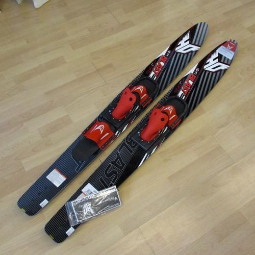 Blast 67'' θαλάσσια σκι της HO με πιο φαρδή σχήμα και V-bottom design