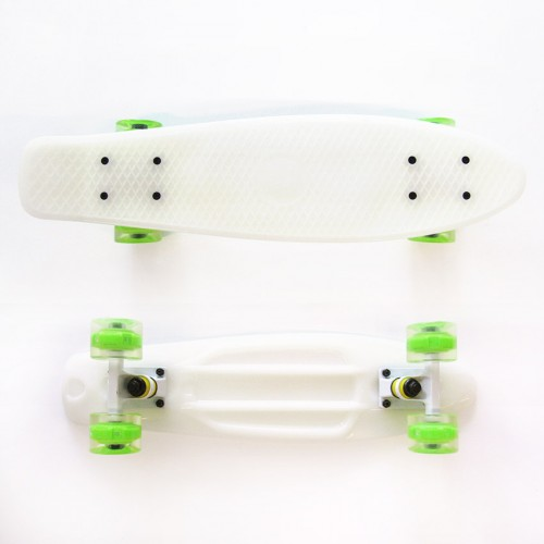 Plastic skateboard 22.5'' White that Glows in the dark with green Led wheels Fish