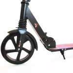 Scooter with front suspension and large wheels for person up to 100kg