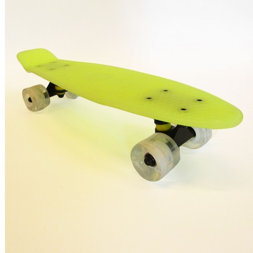 Plastic skateboard 22.5'' Green that Glows in the dark with Led wheels Fish