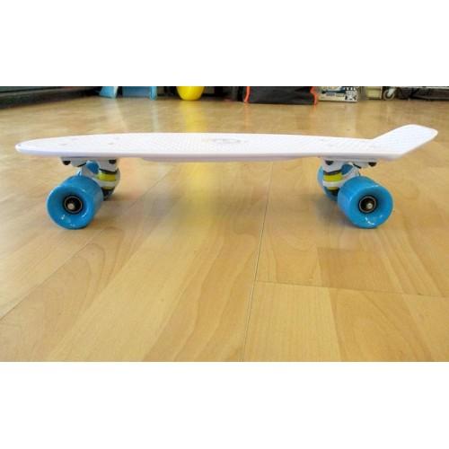Plastic skateboard 22.5'' White Fish