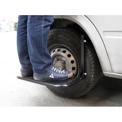 Step for car wheel